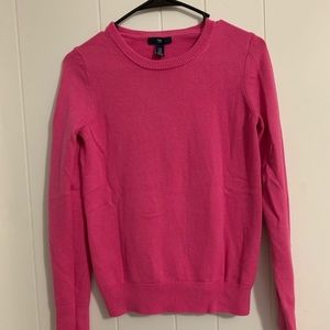 Pink Gap crew neck knit sweater